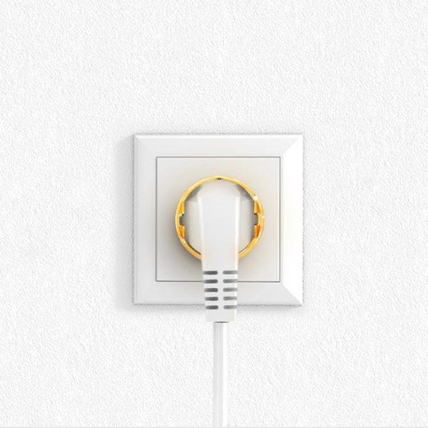 Wall Plug Active
